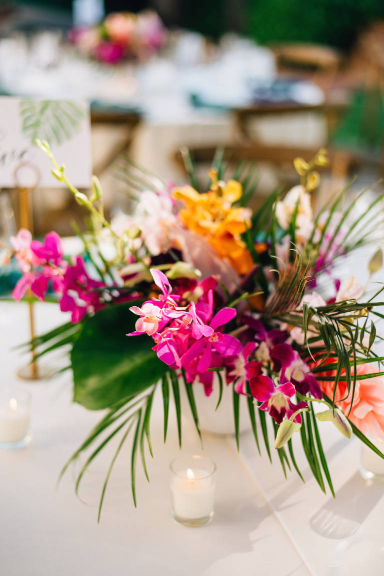 tropical table florals