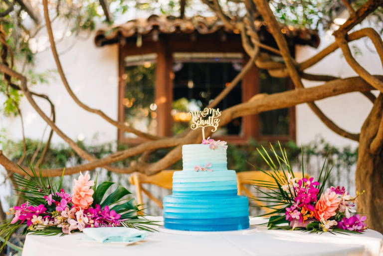 blue and white ombre wedding cake