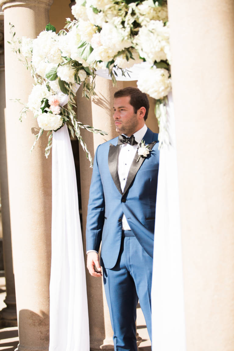 groom awaits bride