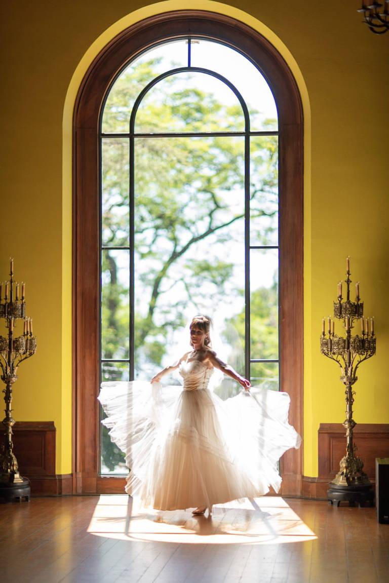 bride twirls