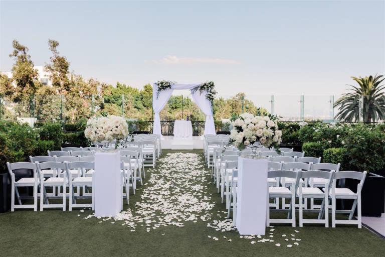 outdoor rooftop wedding ceremony