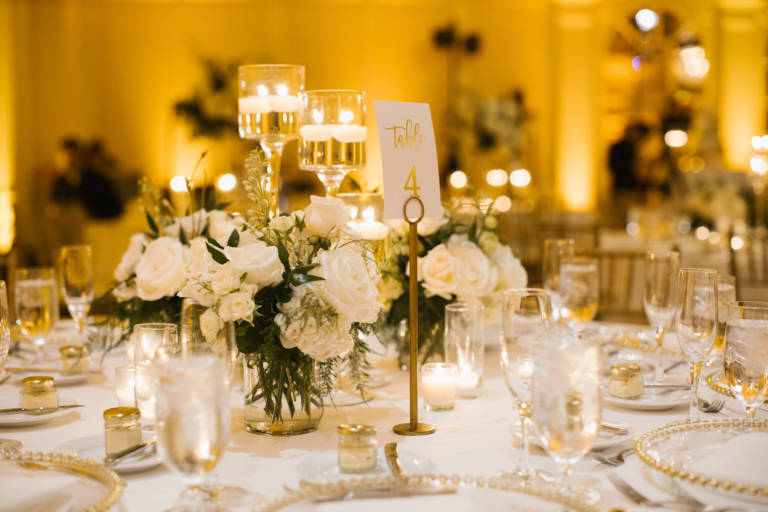 White Floral Wedding Table